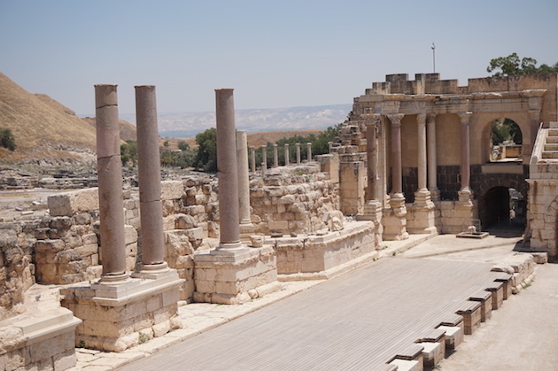 "Best She'an is one of Israel's most prized Roman cities. Today you can explore its many streets and ruins which are sure to impress! The Cardo, or ""main street"" would have been filled with thousands of people in Jesus' day."