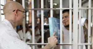 bibles prison